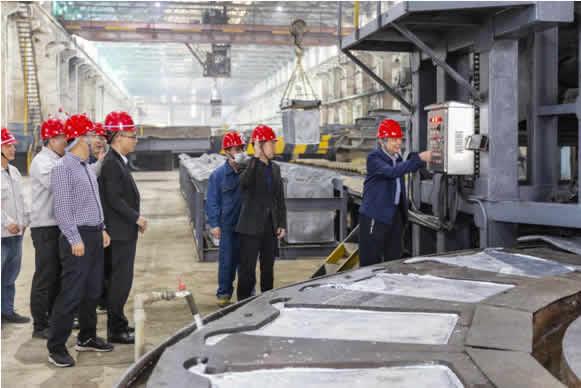 金贵银业综合回收厂铅电解系统恢复生产