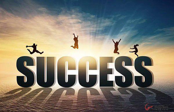 董事长推荐深度好文----2018年幸福是奋斗出来的,不要假装很努力, 因为结果不会陪你演戏!